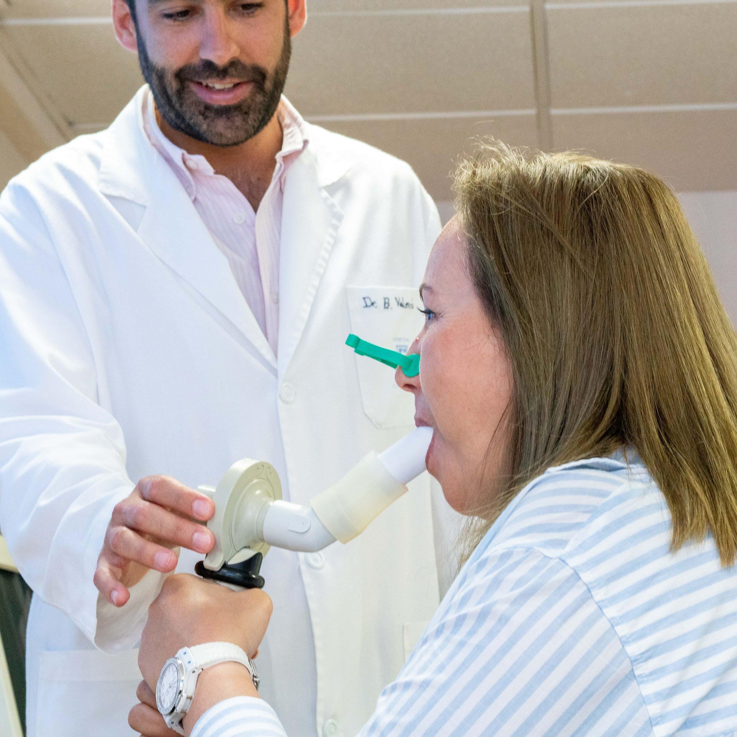 Neumología Hospital Santa Elena, clinica médica en Torremolinos, Málaga. Servicios sanitarios en la Costa del Sol. Más de 30 especialidades y servicio de urgencia