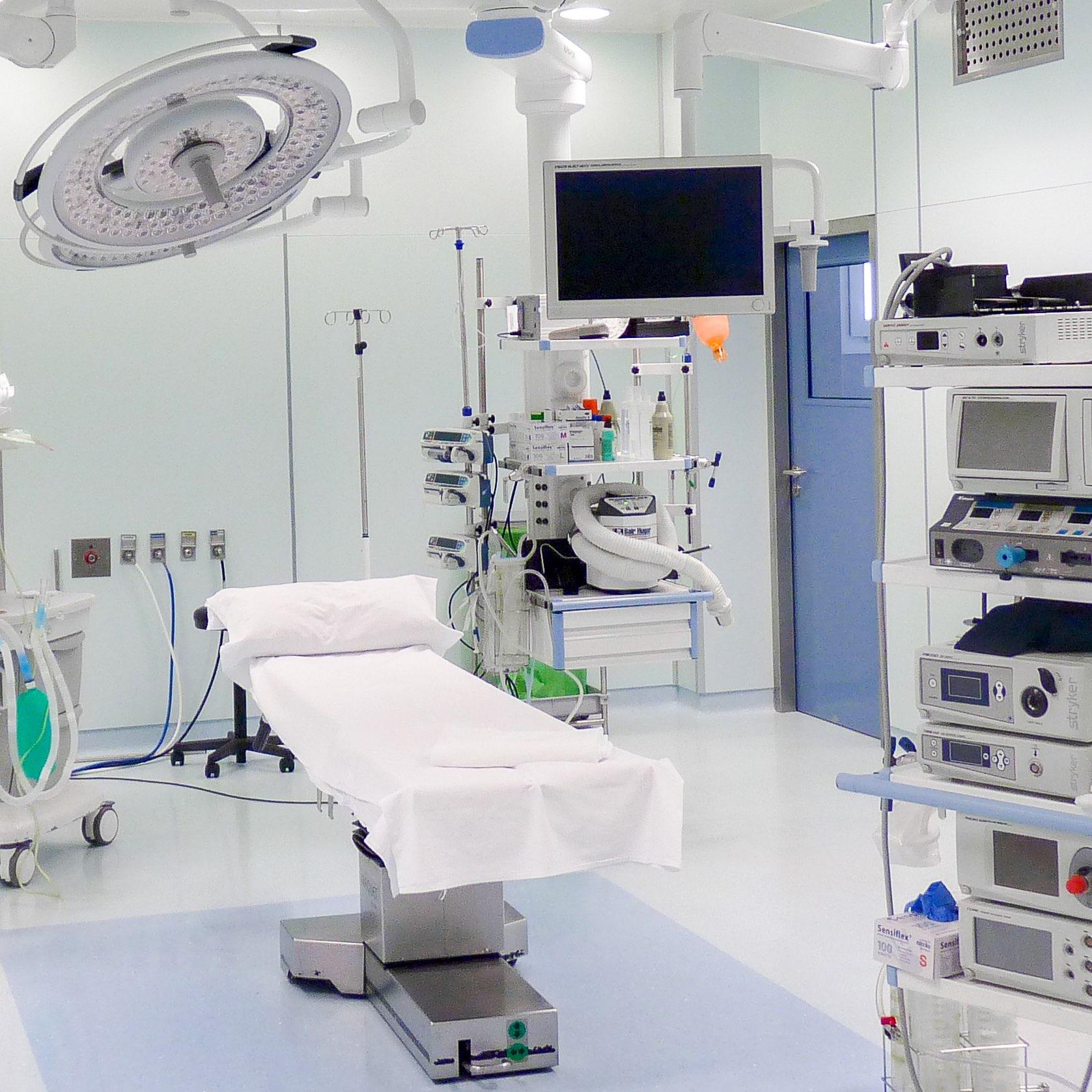 Consultas externas - Hospital de día - Hospital Santa Elena, clinica médica en Torremolinos, Málaga. Servicios sanitarios en la Costa del Sol. Más de 30 especialidades y servicio de urgencia