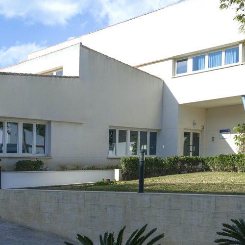 Hospital Santa Elena, clinica médica en Torremolinos, Málaga. Servicios sanitarios en la Costa del Sol. Más de 30 especialidades y servicio de urgencia 01